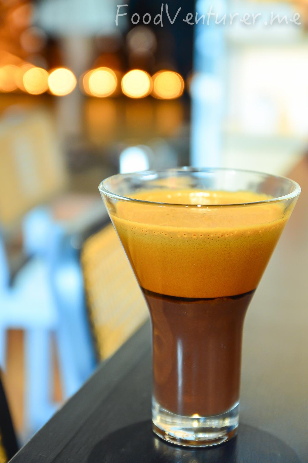 Half & Half - Le Cafe Gourmand, Gunawarman